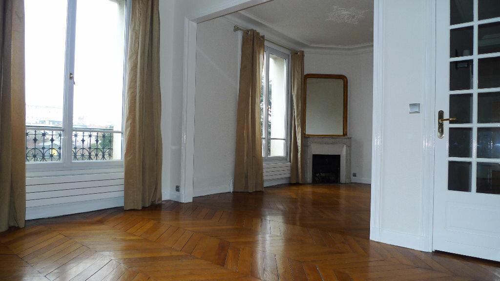 Appartement à louer 3 60.85m2 à Nogent-sur-Marne vignette-2