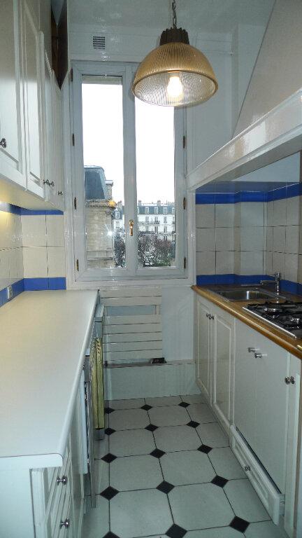 Appartement à louer 3 60.85m2 à Nogent-sur-Marne vignette-3