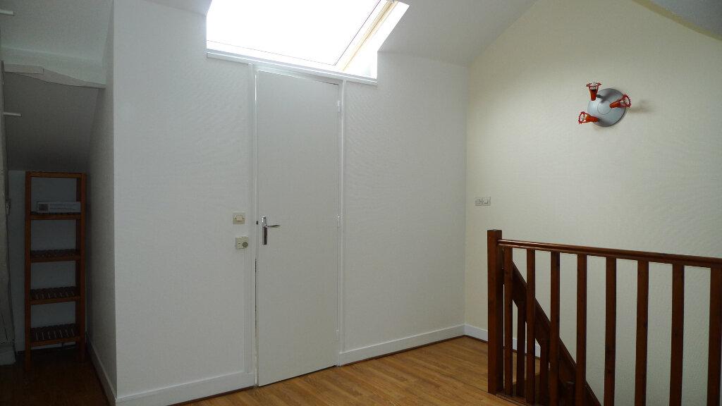 Appartement à louer 2 40.16m2 à Nogent-sur-Marne vignette-2