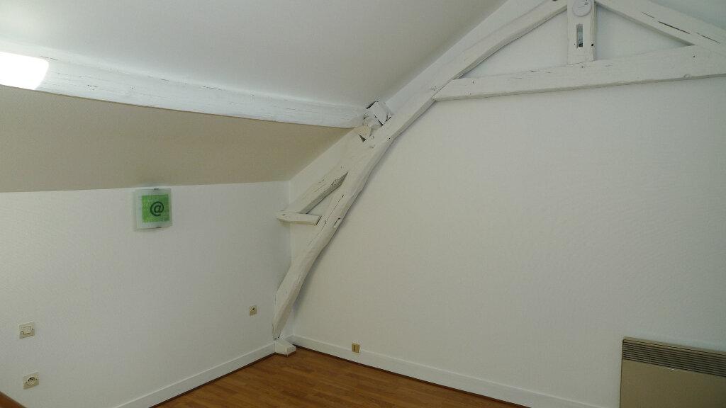 Appartement à louer 2 40.16m2 à Nogent-sur-Marne vignette-3