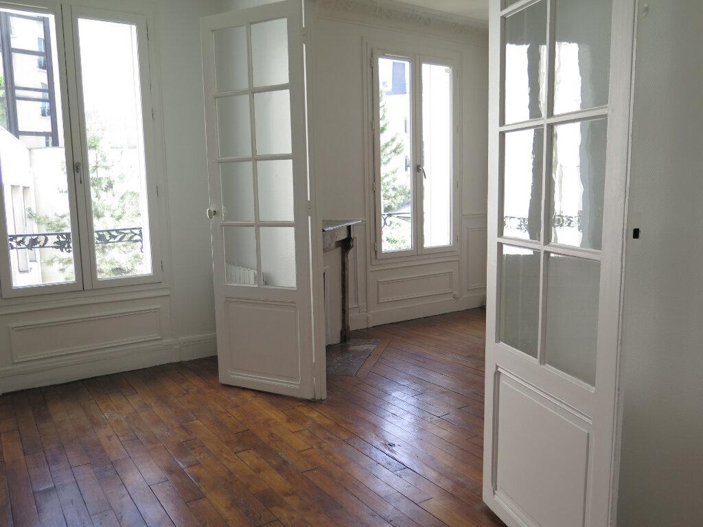 Appartement à louer 3 79.77m2 à Nogent-sur-Marne vignette-5
