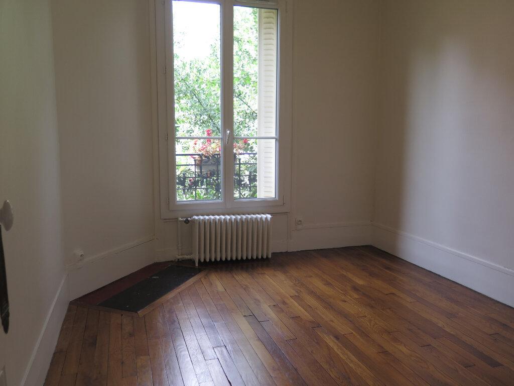 Appartement à louer 3 79.77m2 à Nogent-sur-Marne vignette-11
