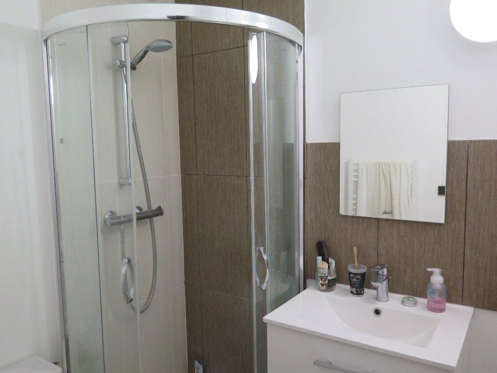 Appartement à louer 1 15.69m2 à Nogent-sur-Marne vignette-3