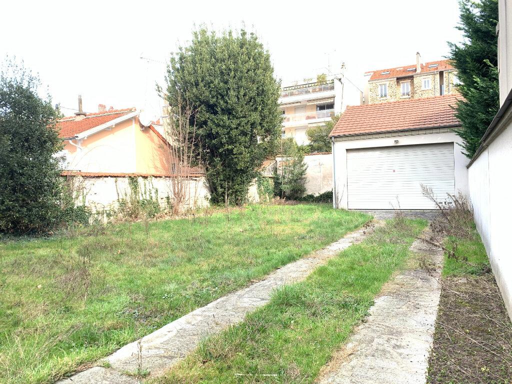 Maison à louer 7 154.06m2 à Le Perreux-sur-Marne vignette-5