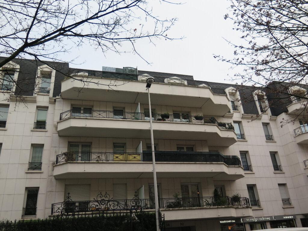 Appartement à louer 1 20.27m2 à Rosny-sous-Bois vignette-2