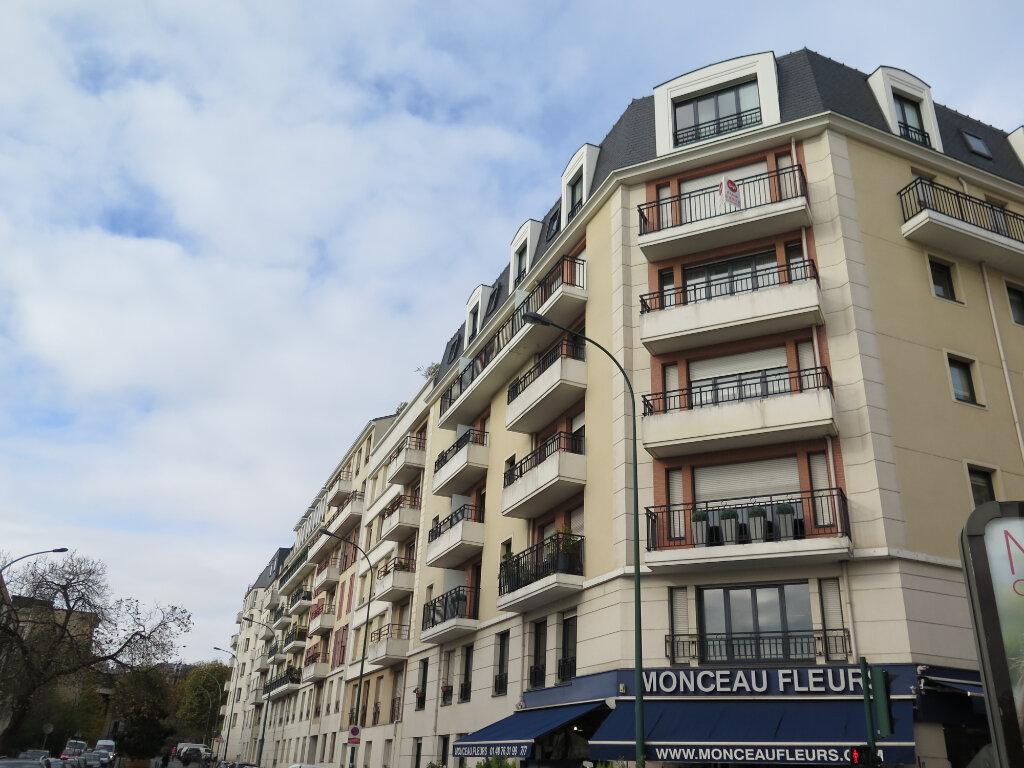 Appartement à louer 3 69.37m2 à Nogent-sur-Marne vignette-1
