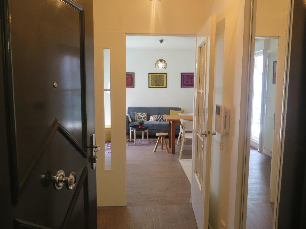Appartement à louer 2 39.2m2 à Nogent-sur-Marne vignette-5
