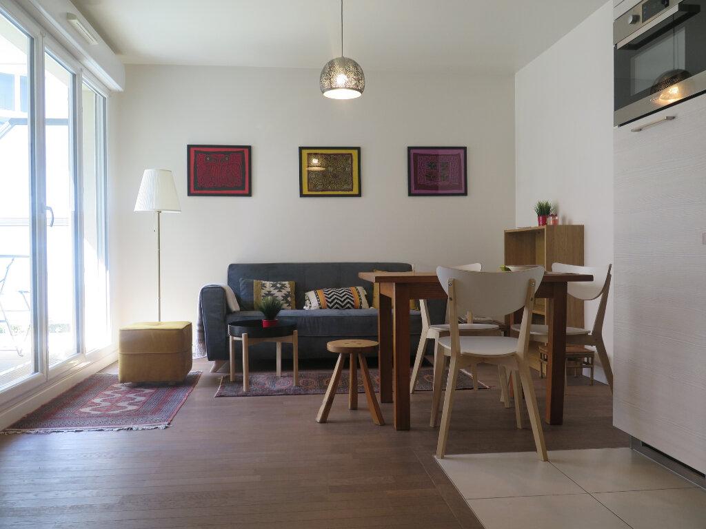 Appartement à louer 2 39.2m2 à Nogent-sur-Marne vignette-6