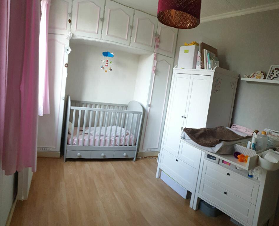 Appartement à vendre 3 58m2 à Le Plessis-Trévise vignette-4