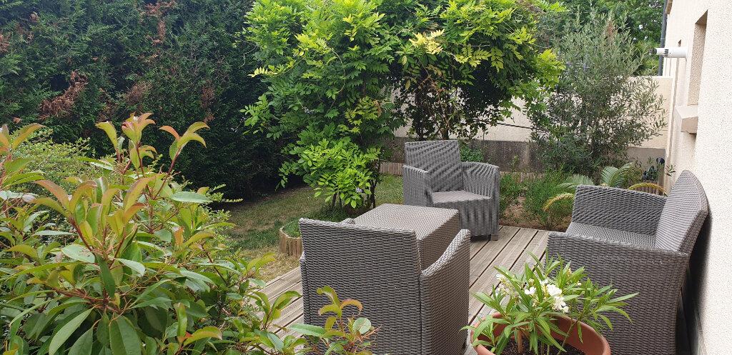 Maison à vendre 6 126m2 à Le Plessis-Trévise vignette-2