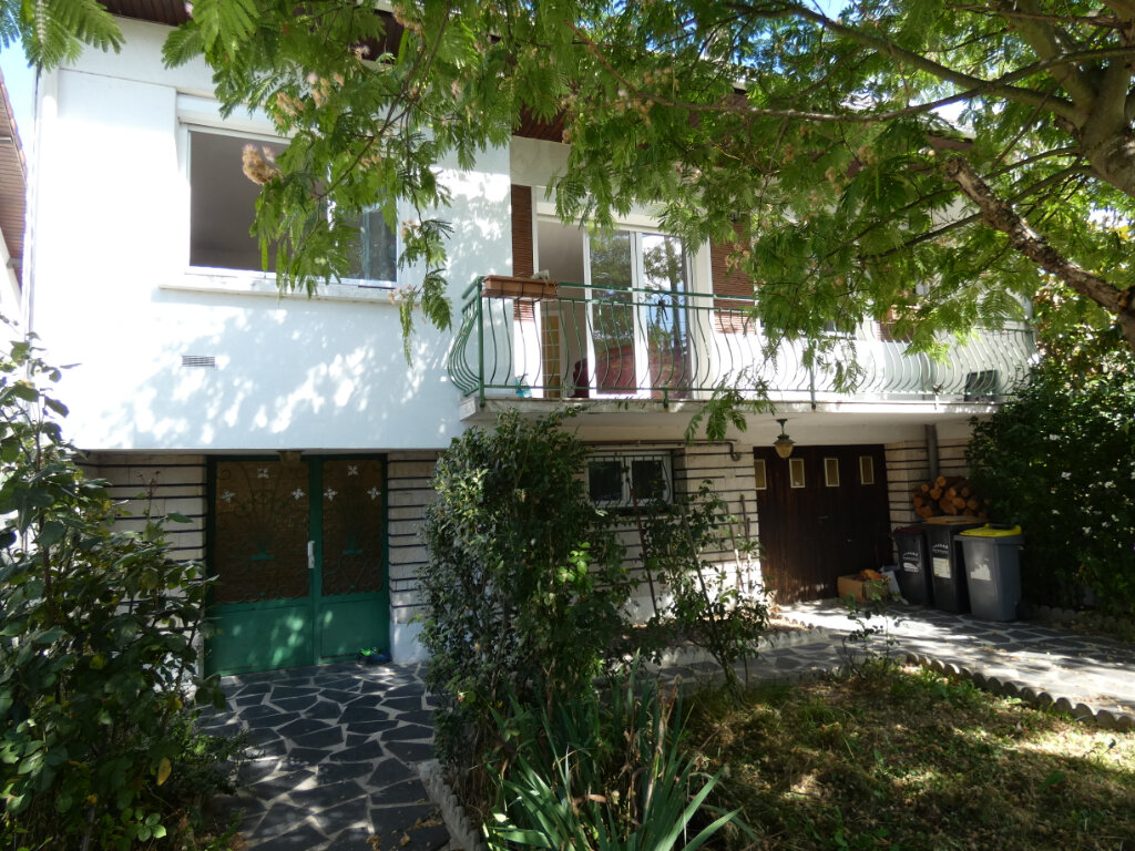 Maison à vendre 7 155m2 à Ormesson-sur-Marne vignette-1