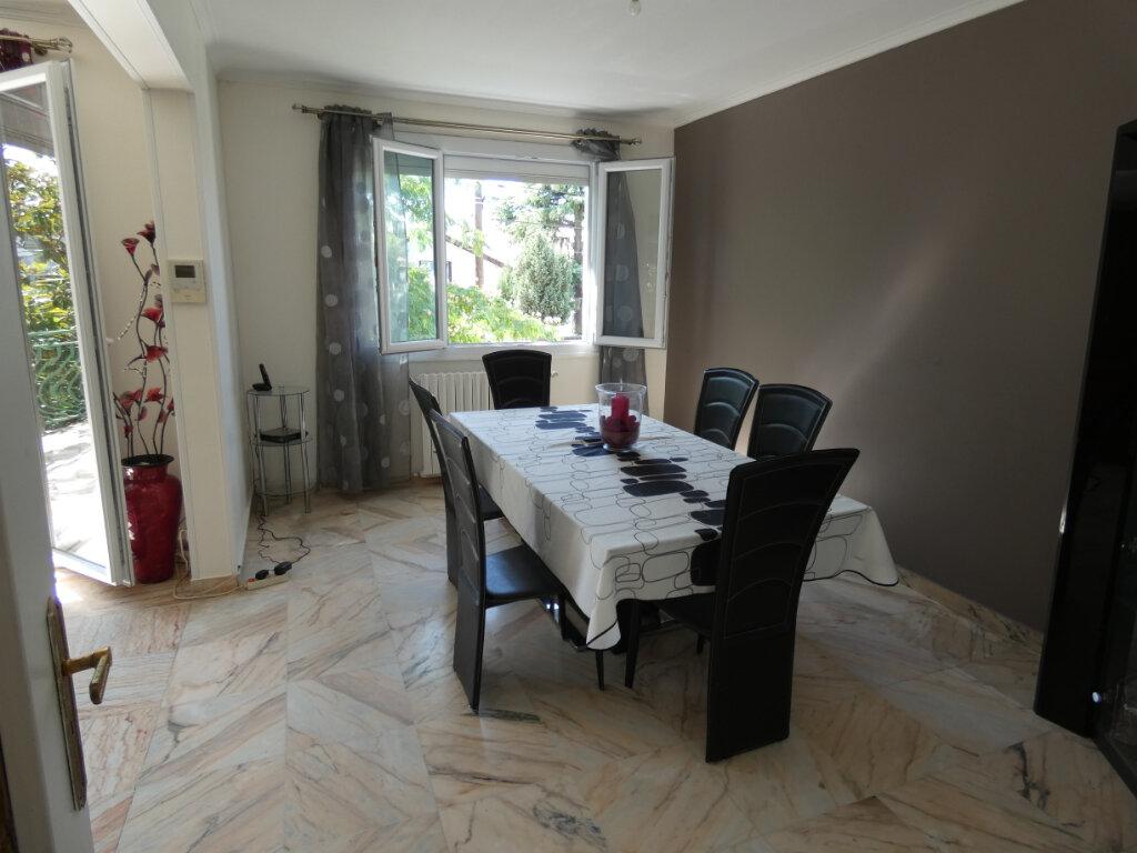Maison à vendre 7 155m2 à Ormesson-sur-Marne vignette-2