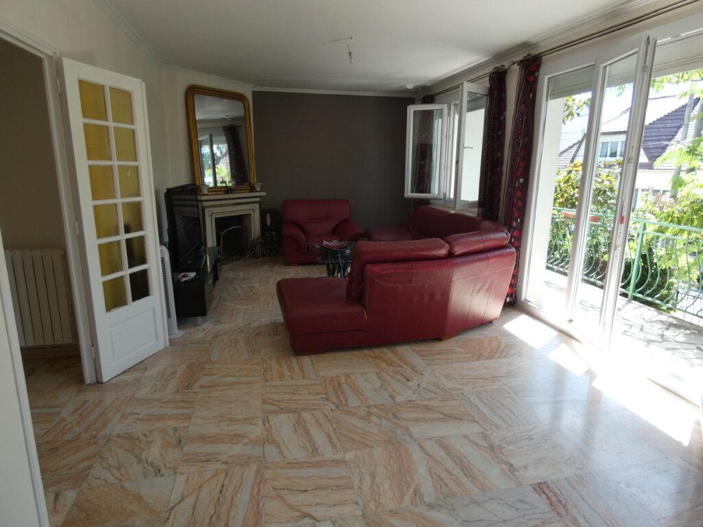 Maison à vendre 7 155m2 à Ormesson-sur-Marne vignette-3