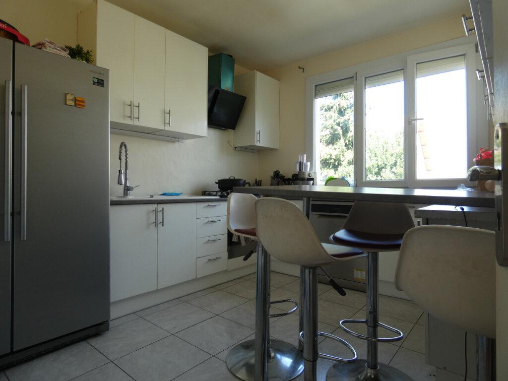 Maison à vendre 7 155m2 à Ormesson-sur-Marne vignette-4