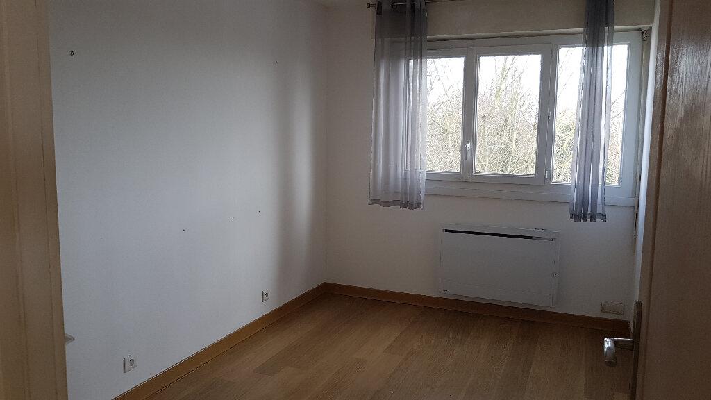Appartement à louer 4 81.21m2 à Le Plessis-Trévise vignette-5