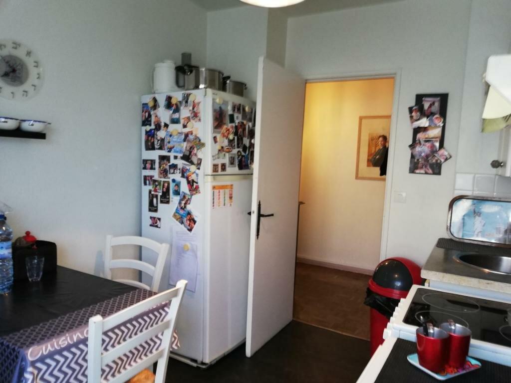 Appartement à vendre 4 76m2 à Créteil vignette-3