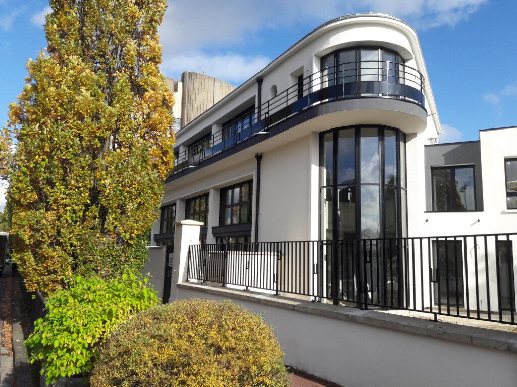 Appartement à vendre 3 53.6m2 à Saint-Maur-des-Fossés vignette-1