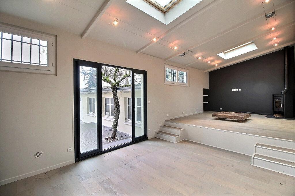 Maison à vendre 7 192m2 à Fontenay-sous-Bois vignette-14