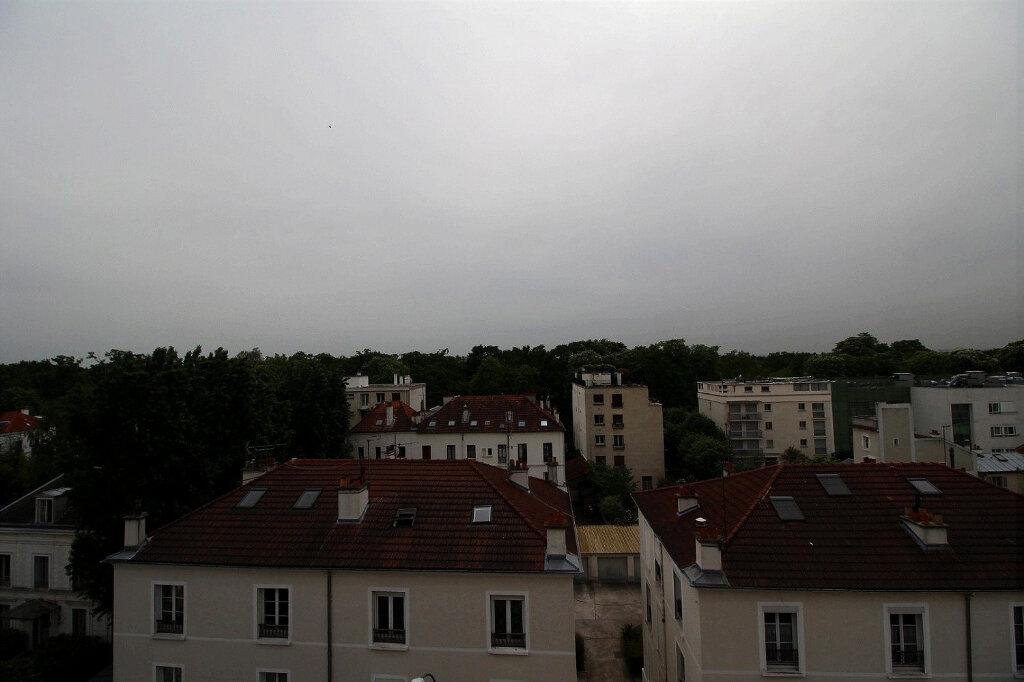 Appartement à vendre 3 68.51m2 à Fontenay-sous-Bois vignette-3
