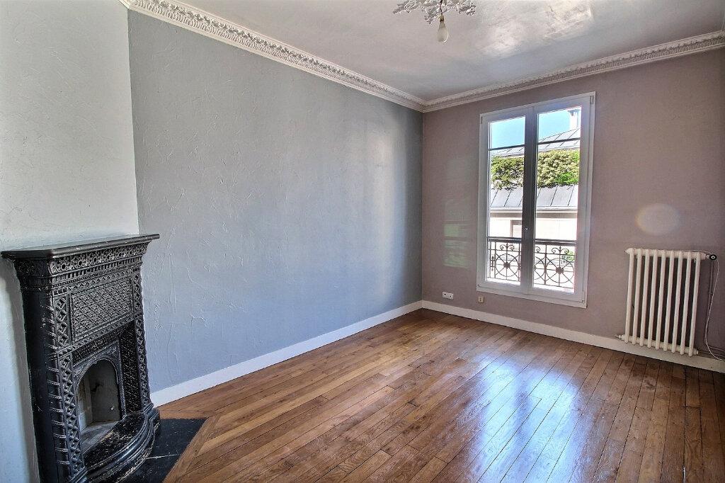 Appartement à louer 3 48.51m2 à Vincennes vignette-1