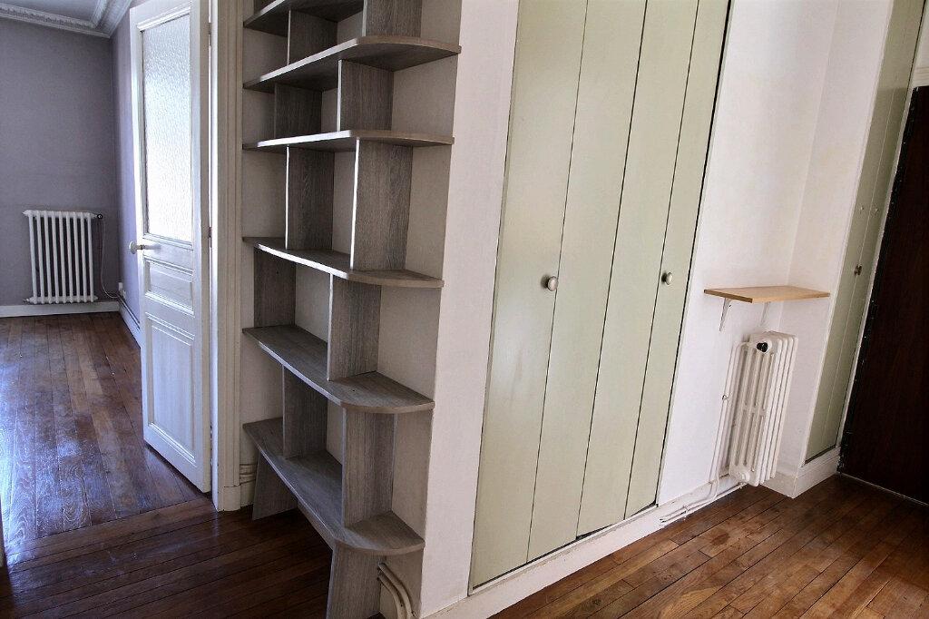 Appartement à louer 3 48.51m2 à Vincennes vignette-6