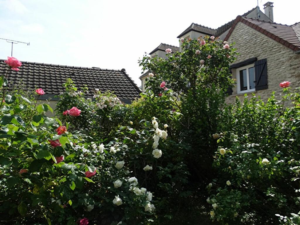 Maison à vendre 6 149m2 à Aubergenville vignette-3