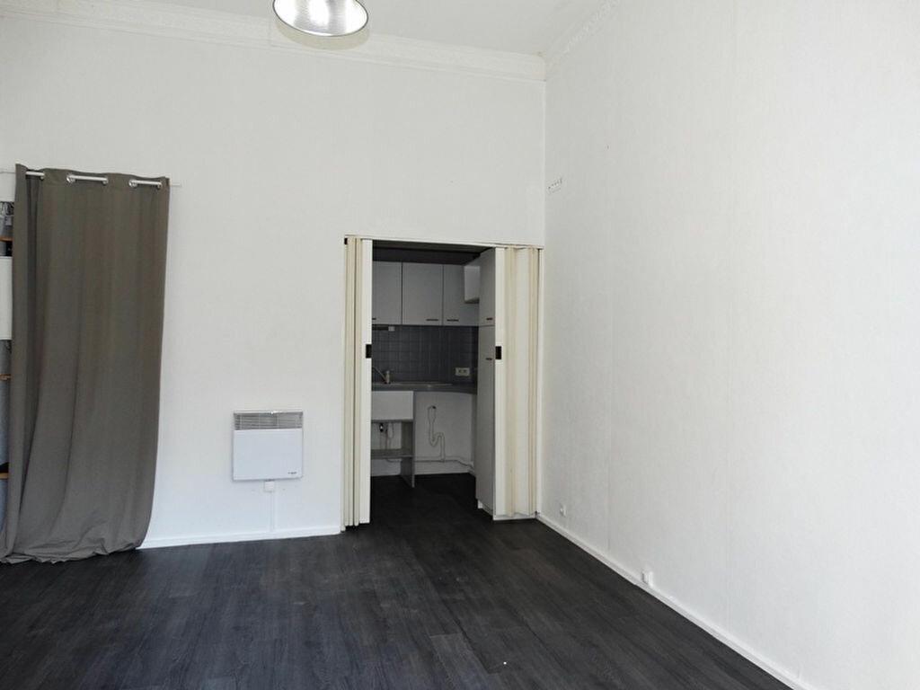 Appartement à louer 1 20.47m2 à Épône vignette-2