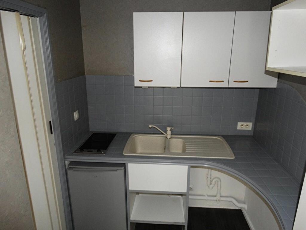 Appartement à louer 1 20.47m2 à Épône vignette-3