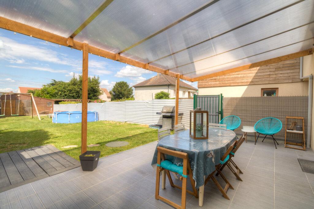Maison à vendre 4 140m2 à Mézières-sur-Seine vignette-1