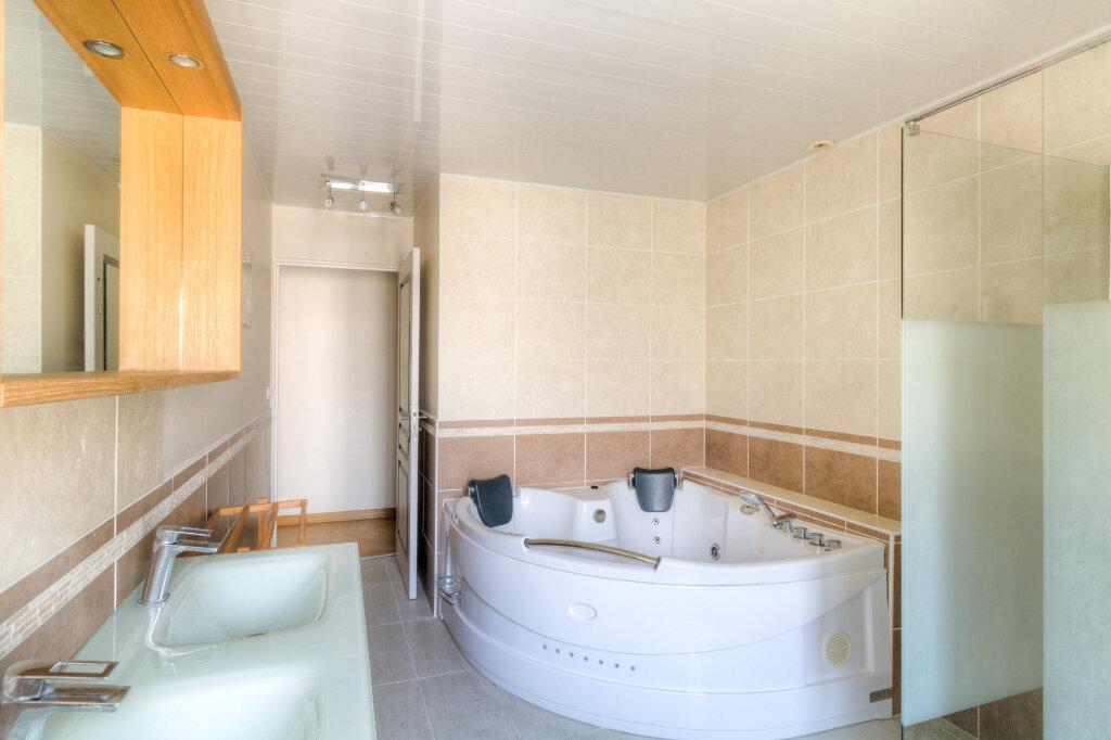 Maison à vendre 4 140m2 à Mézières-sur-Seine vignette-11