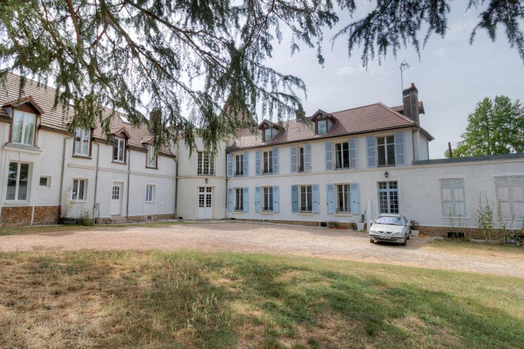 Maison à louer 5 137.37m2 à Bazemont vignette-1