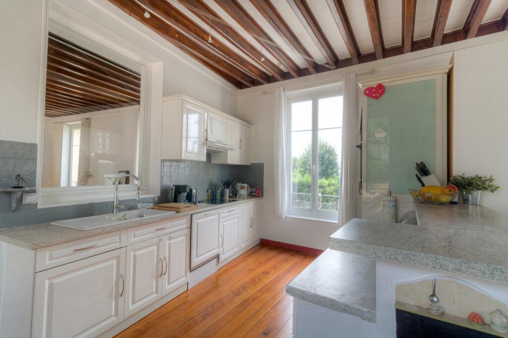Maison à louer 5 137.37m2 à Bazemont vignette-8