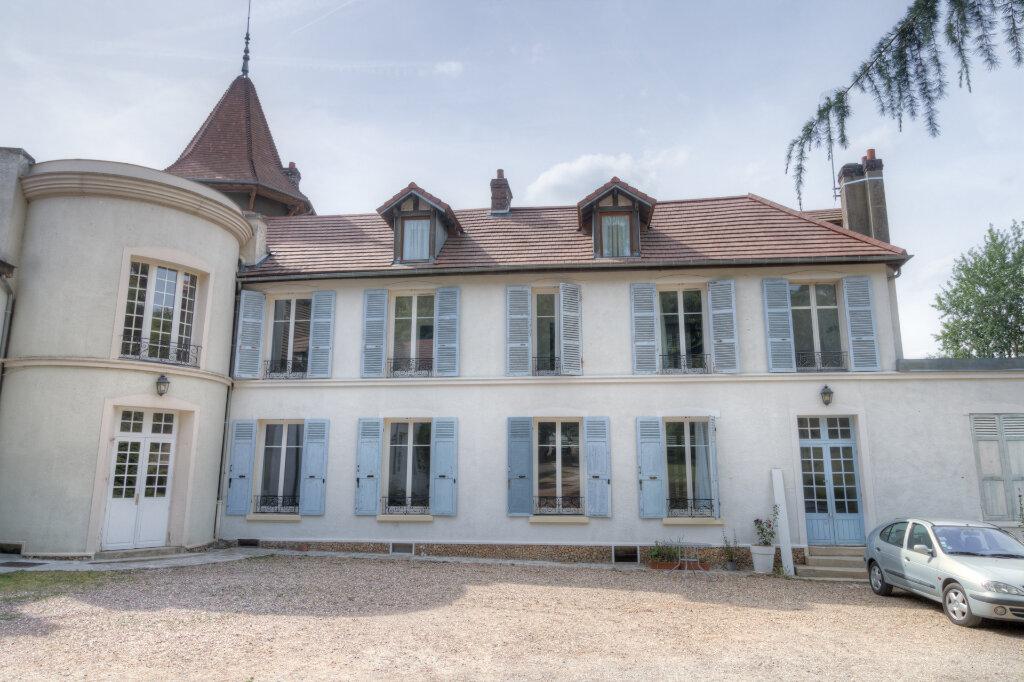 Maison à louer 5 137.37m2 à Bazemont vignette-14
