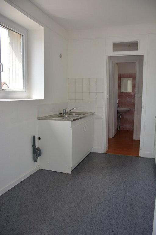 Appartement à louer 2 43.27m2 à Mézières-sur-Seine vignette-3