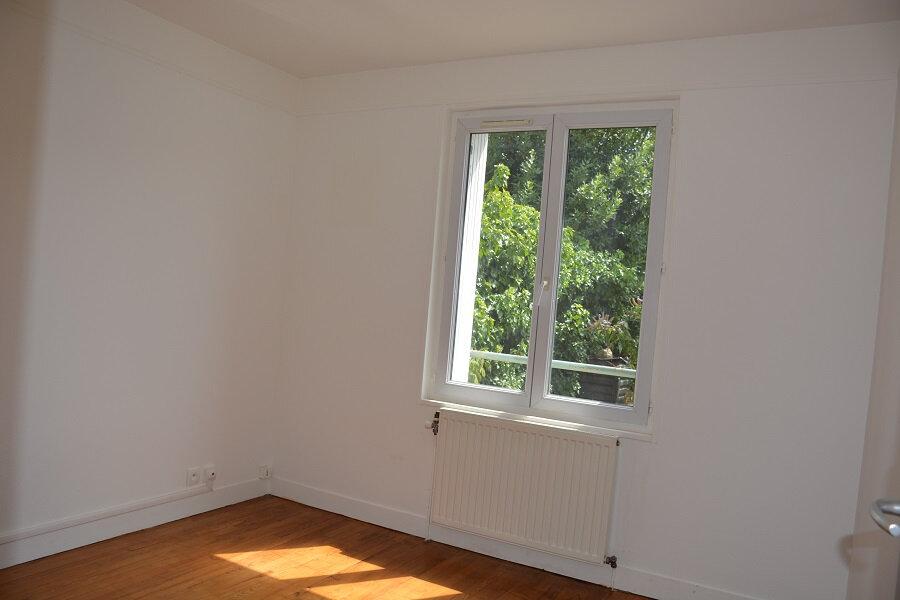 Appartement à louer 2 43.27m2 à Mézières-sur-Seine vignette-6
