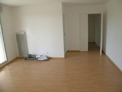 Appartement à louer 3 64.09m2 à Mantes-la-Jolie vignette-3