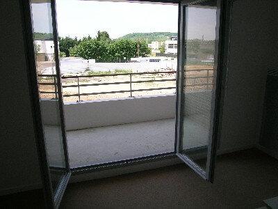 Appartement à louer 3 64.09m2 à Mantes-la-Jolie vignette-9