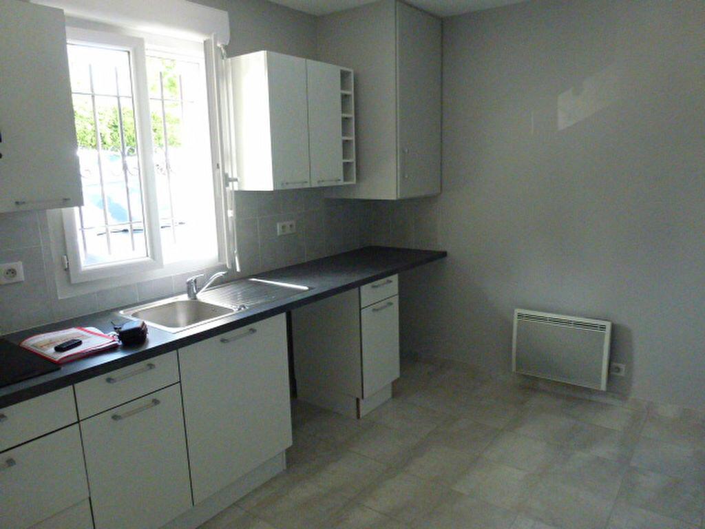 Appartement à louer 1 20.25m2 à Aubergenville vignette-1