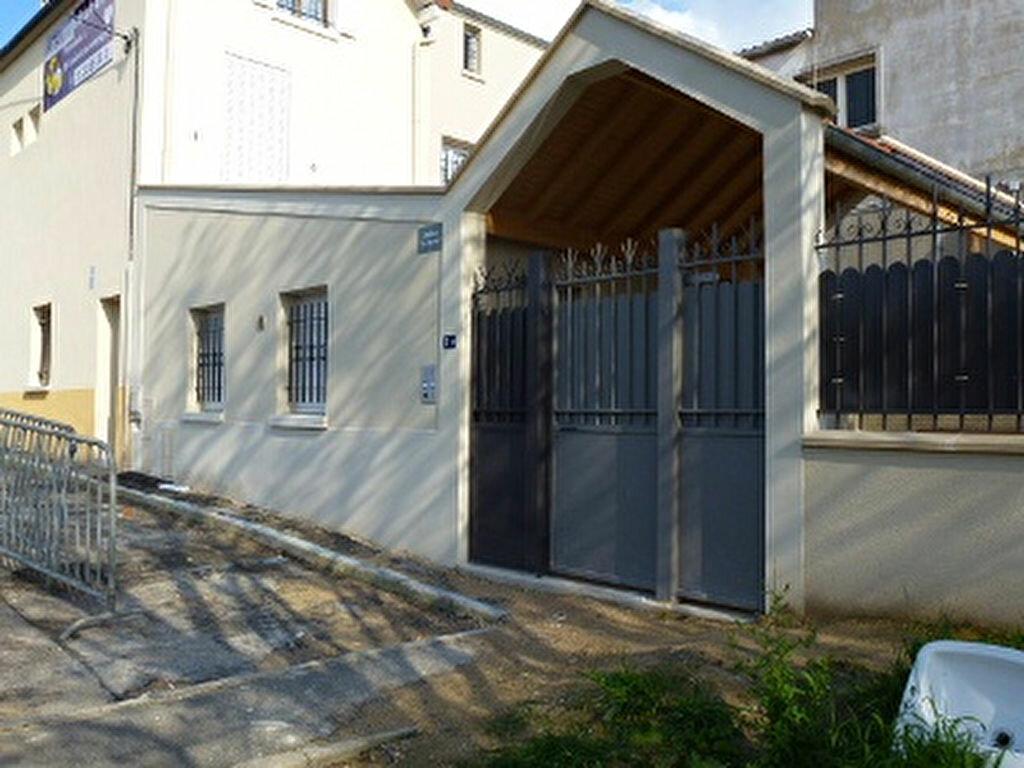 Appartement à louer 1 20.25m2 à Aubergenville vignette-5