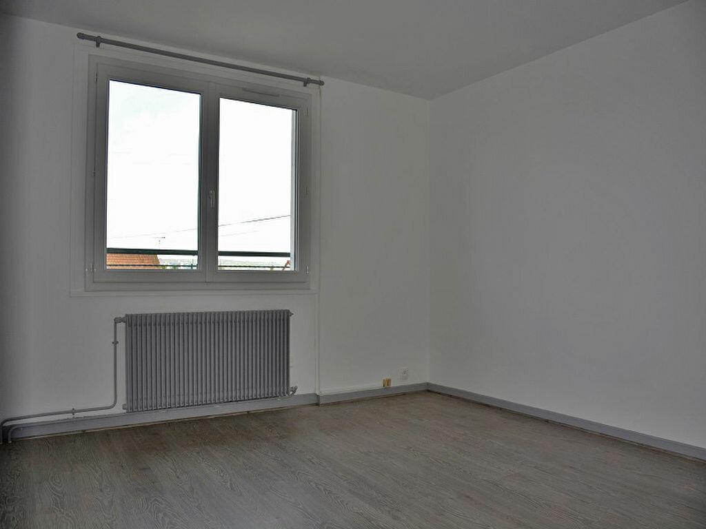 Maison à louer 3 80m2 à Mézières-sur-Seine vignette-7