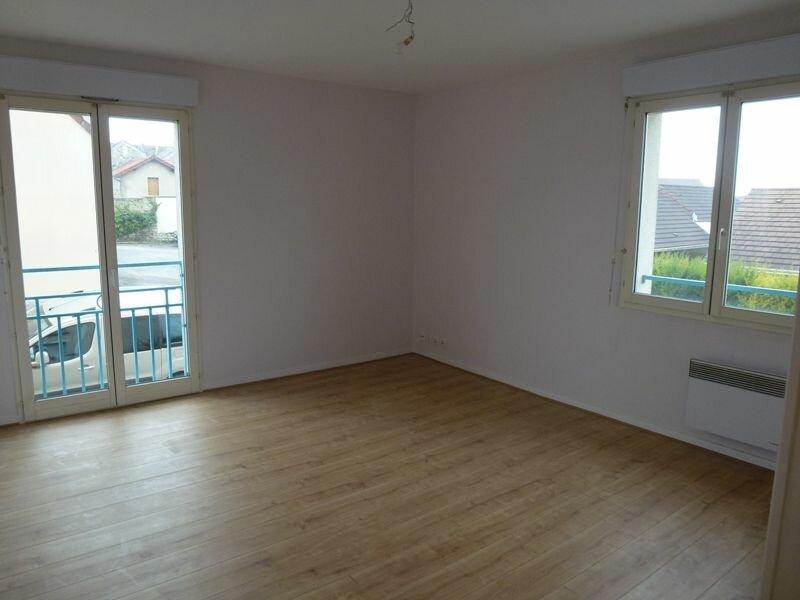 Appartement à louer 2 39.47m2 à Épône vignette-2