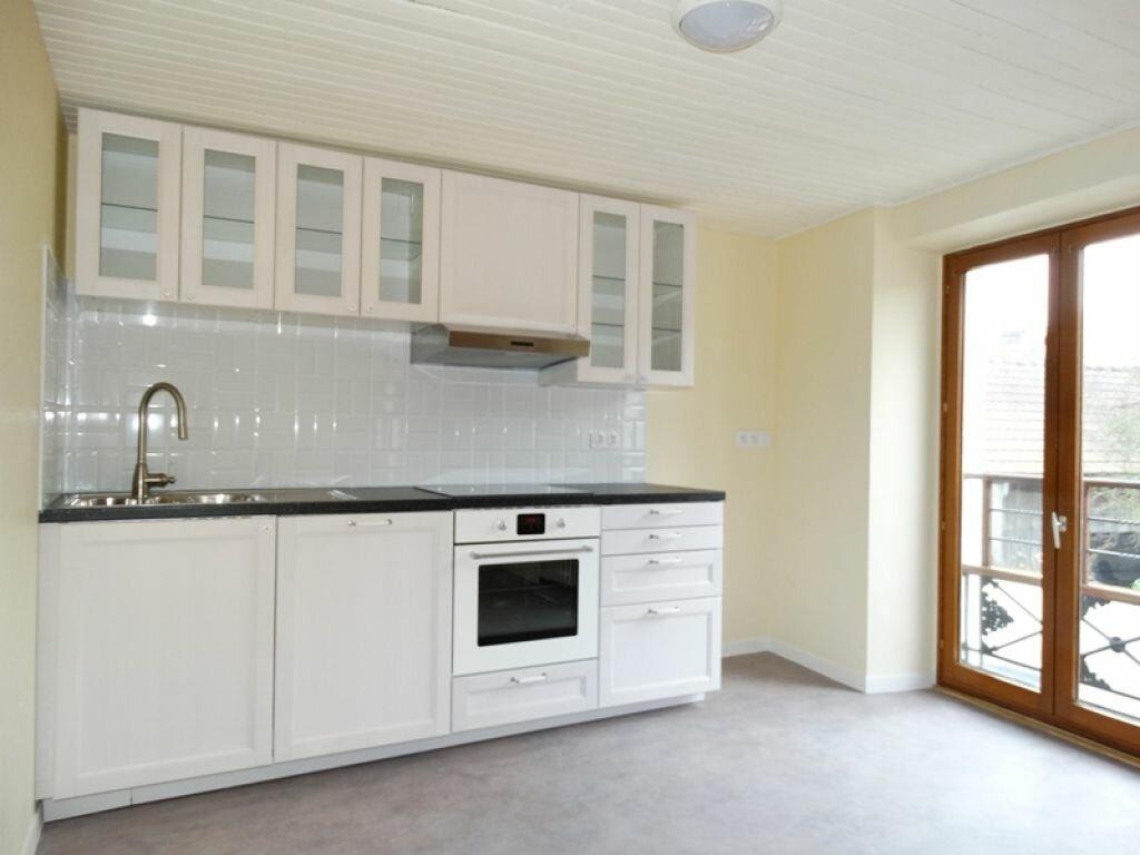 Appartement à louer 3 53.9m2 à Mézières-sur-Seine vignette-1