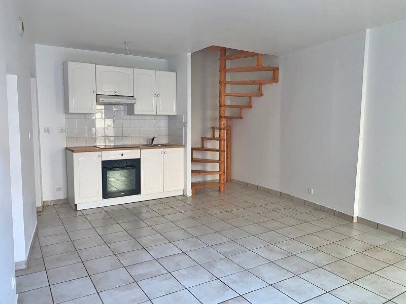 Appartement à louer 2 41.25m2 à Épône vignette-2