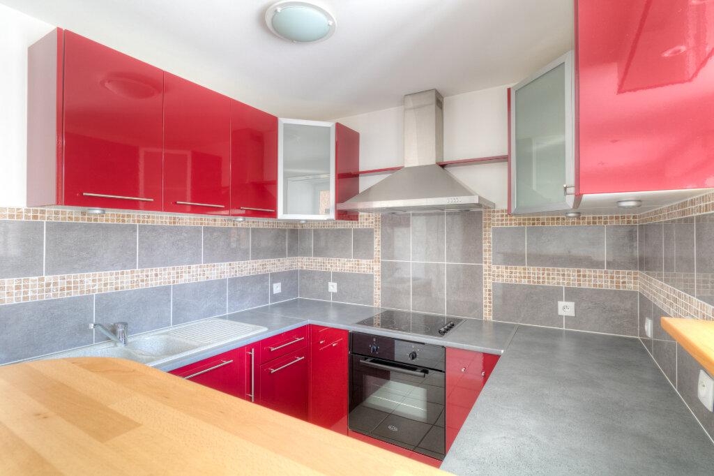 Appartement à louer 2 41.33m2 à Mézières-sur-Seine vignette-2