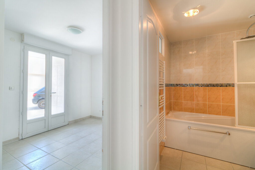 Appartement à louer 2 41.33m2 à Mézières-sur-Seine vignette-8