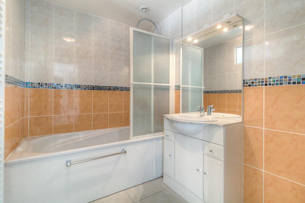 Appartement à louer 2 41.33m2 à Mézières-sur-Seine vignette-9
