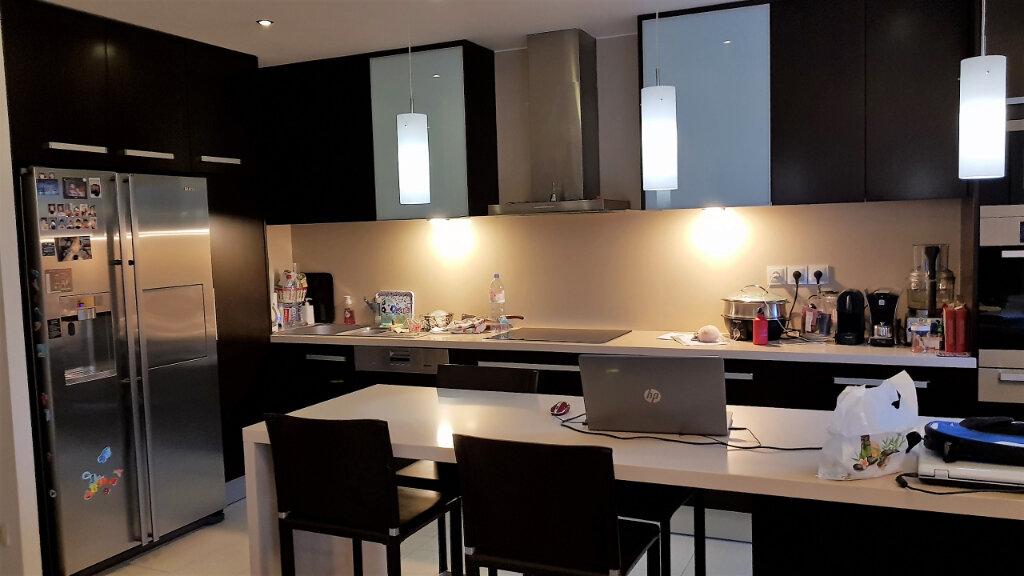 Appartement à vendre 4 87m2 à Neuilly-Plaisance vignette-4