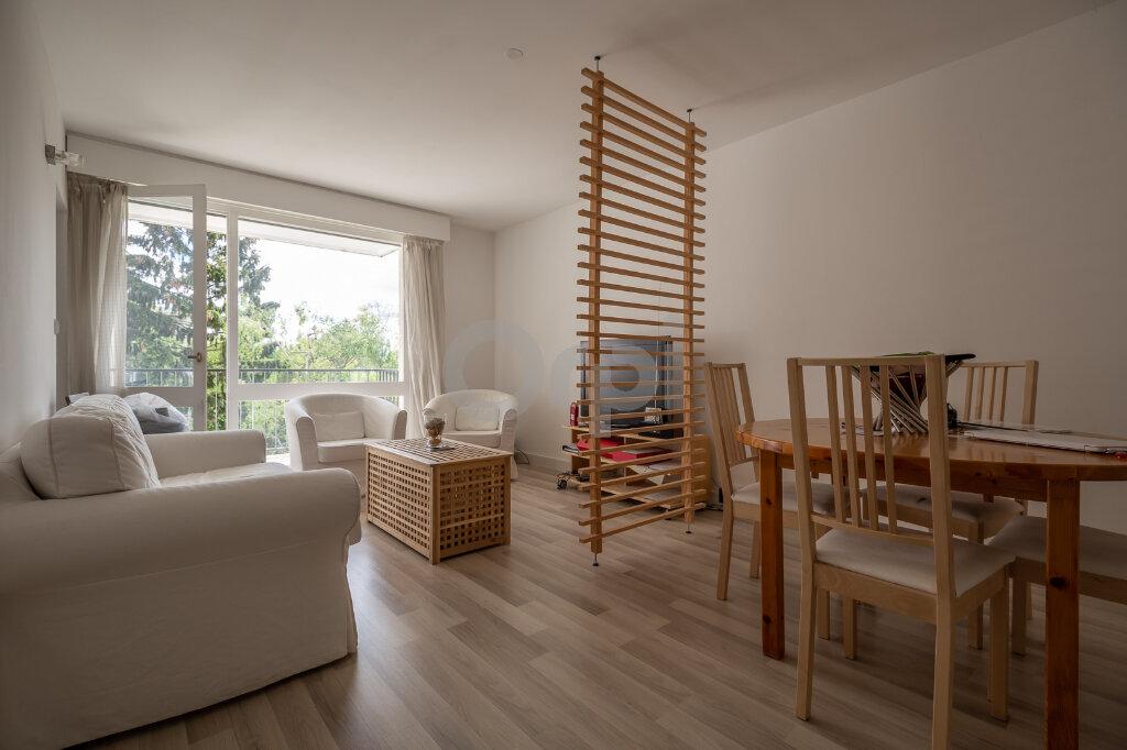Appartement à vendre 5 88m2 à Chennevières-sur-Marne vignette-1