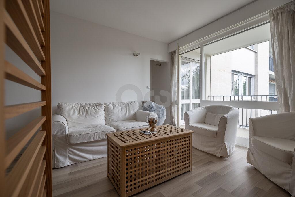 Appartement à vendre 5 88m2 à Chennevières-sur-Marne vignette-3