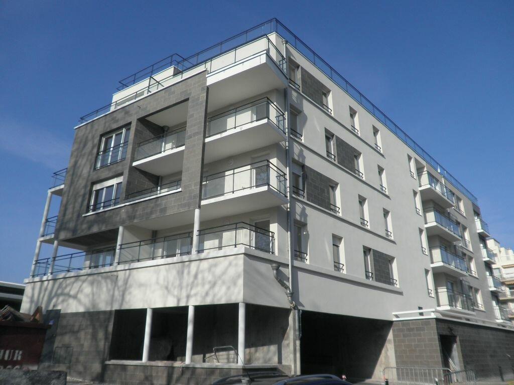 Appartement à louer 2 47.79m2 à Chelles vignette-2